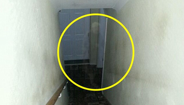 Briton took a picture of a ghost of an old woman
