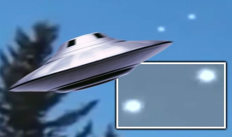 Two UFOs Demonstrate The Ability Of The Invisibility System Over Canad