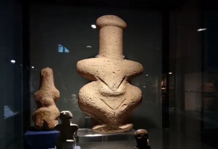 Cursed Goddess Of Death: Ancient Statue That Kills Whoever Touches It