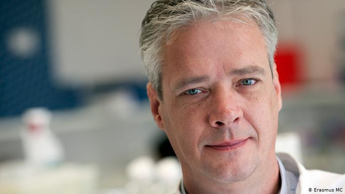 Dutch Virologist Ron Fouchier created a mutant H5N1 Virus and is key t