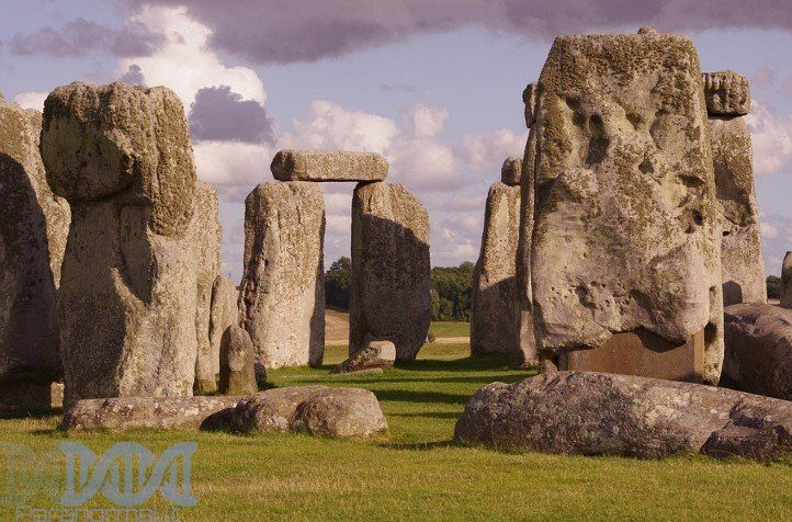 Stonehenge, Ancient Mysteries, Bizarre, Conspiracy Theory