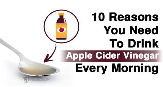Kodėl ryte naudinga gerti obuolių actą?