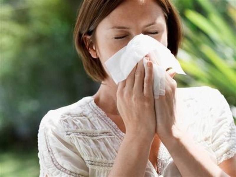 Pavasarį saugokitės peršalimo ligų, gripo, bronchito, sinusito ir alergijos