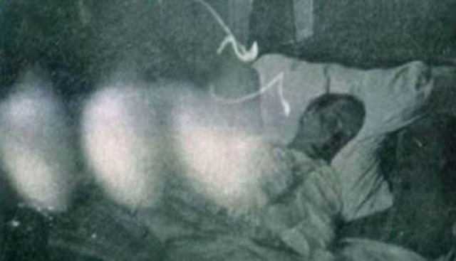 Autorius teigia nufotografavęs mirštančio žmogų sielą