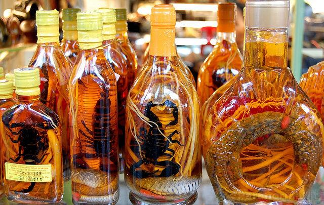 Gyvačių vynas Tailande
