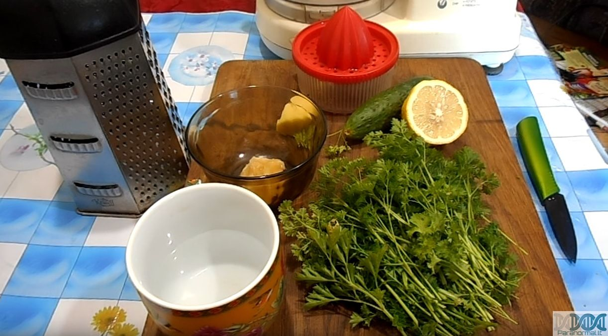Svorio metimo gėrimas naudojant agurką, Lieknėti padeda žolės? Kokios?